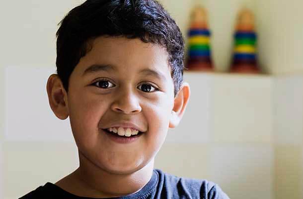 Niño atendido en uno de los proyectos de Fundación Amigó